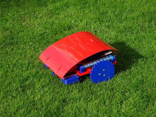 Andreas Haeuser's Ardumower is a robotic 3D printed lawnmower powered by an Arduino Uno. (Source/Pic: http://www.reprap-windturbine.com/index.php?id=20&L=1)