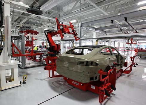 State-of-the-art industrial engineering, reflected in Tesla assembly operations, has lessons for enterprise IT. (Source: Chrishmt0423, Creative Commons)