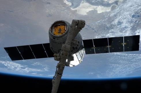 SpaceX Dragon commercial cargo spacecraft arrives at ISS with supplies, including HDEV gear. (Source: NASA)