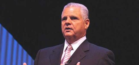 EMC CEO Joe Tucci