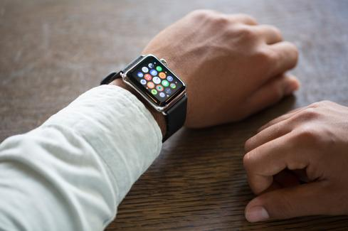 Apple Watch Gets Email, IT Support
