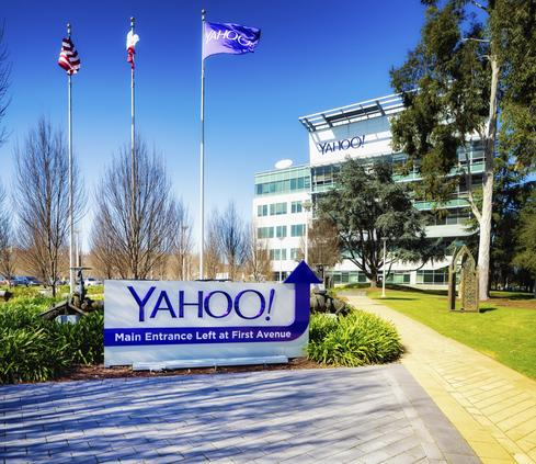 Yahoo Testing Arch Rival Google On Search