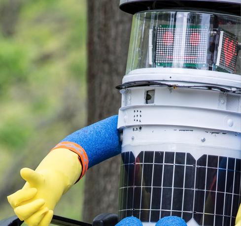 Hitchhiking Robot Dismembered