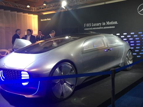 The Mercedes F 015 exterior is designed with cutting-edge technology. Powered by hydrogen fuel cells, it features rear-hinged doors that open up and outwards to 90 degrees, 26-inch alloy wheels, and aluminum-encased windows. (Image: Susan Fourtané for InformationWeek)