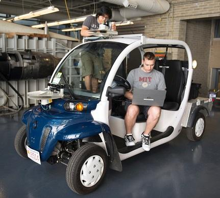 Ford, MIT Testing Pedestrian-Conscious Electric Shuttles