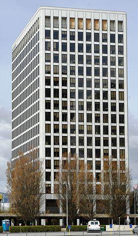Kaiser Permanente's office building in the Lloyd District of Portland, Ore. (Source: M.O. Stevens, via Wikimedia)
