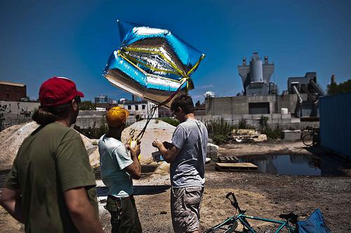Using a weather balloon to map the effluent in the Gowanus Canal in Brooklyn, NY.  
