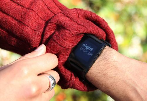 People can customize Pebble's watch face, apps, and other features, according to the developer.