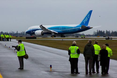 Boeing's 787 Dreamliner turned out to be a supply chain nightmare, as problems quickly transformed into canceled orders. (Source: Wikipedia)