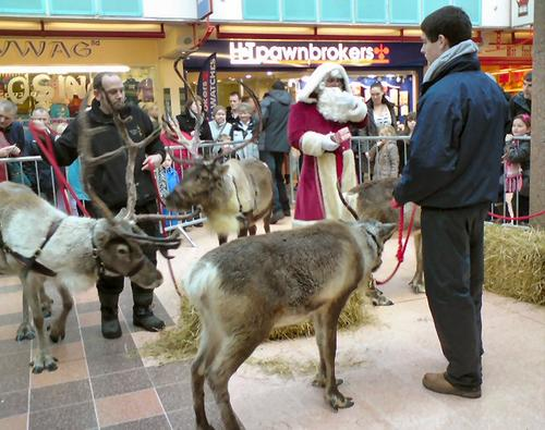 Santa only partly listened to retailers' holiday wishes. (Source: Gerald England)