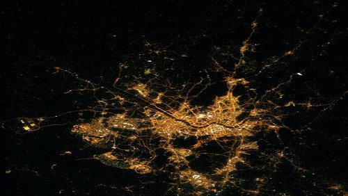 Seoul from the air, by night.  (Source: NASA, via Wikimedia)