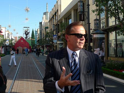 Hey, Rick Caruso... that street you're walking on could be even greater with funding from you! (Source: Alissa Walker via Flickr.)