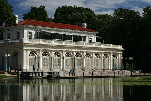 The Boathouse in Prospect Park, Brooklyn (Source: Ben Franske via Wikimedia)