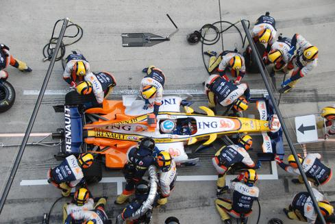 How DevOps Is Like A Formula 1 Pit Crew
