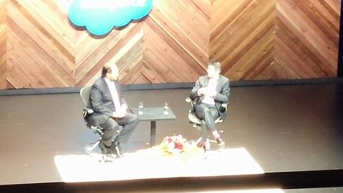 Salesforce CEO Marc Benioff (left) and Uber CEO Travis Kalanick (right) envisioning a brave new world of transportation on the keynote stage at Dreamforce '15.  (Image: David Wagner)