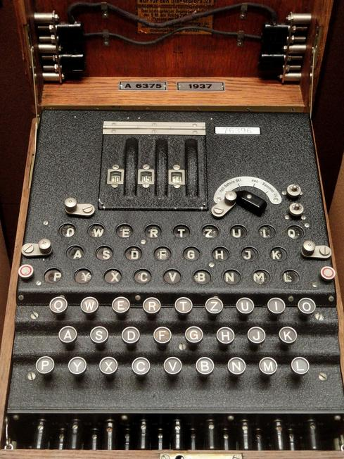 (Image: Pixabay/Enigma encryption machine)